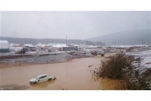 حادثه شکستن سد در روسیه تاکنون  ۱۵ کشته  به جای گذاشته است