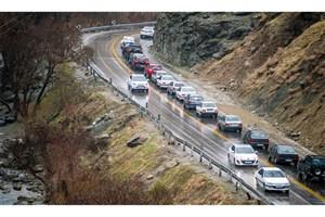 ترافیک روان در جاده های شمالی/بارش پراکنده باران در10 استان
