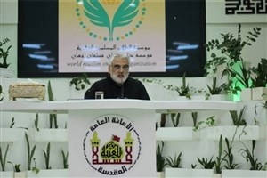IAU President Meets Students in Karbala-e-Mualla