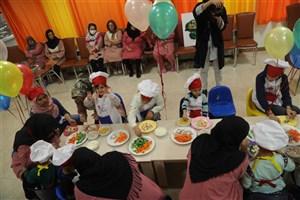 ضرورت توجه به تغذیه کودکان مبتلا به سرطان+عکس