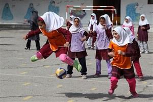 تقویت حس تعاون و مسئولیتپذیری دانشآموزان با شرکت در المپیاد ورزشی درونمدرسهای