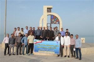 پیاده روی و مسابقه دارت دانشگاهیان واحد بوشهر در ساحل نیلگون خلیج همیشه فارس