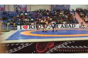 پیروزی تیم کشتی آزاد دانشگاه آزاد اسلامی در لرستان