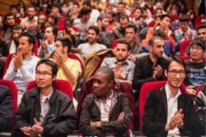 هزار دانشجوی خارجی در واحد دزفول جذب میشوند/ تولید قطعات هواپیماهای نظامی در دانشگاه
