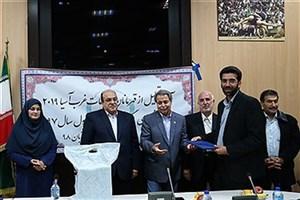 تقدیر رئیس فدراسیون بدمینتون از نماینده ورزشی دانشگاه آزاد اسلامی