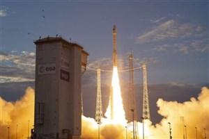 نقش ماهوارهها بر نظارت آب و هوا