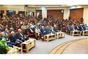 مراسم اهدای جایزه دکتر ابریشمچیان در دانشگاه گیلان برگزار شد