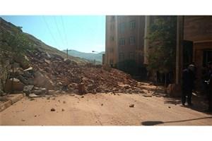 ریزش کوه در ۳ مقطع/ تمام جاده های شهری و روستایی مناطق زلزله زده باز است