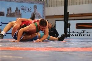 تیم کشتی فرنگی دانشگاه آزاد اسلامی به مقام چهارم مسابقات لیگ برتر رسید