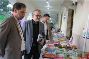 برگزاری نمایشگاه کتاب در دانشگاه آزاد اسلامی واحد بندرعباس
