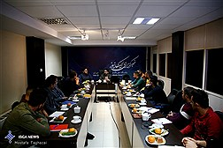 بازدید جمعی از فعالان رسانهای عراق از «باشگاه خبرنگاران دانشجویی»