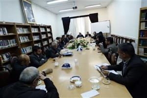 نشست صمیمی سرپرست واحد اراک با استادان گروه معارف اسلامی