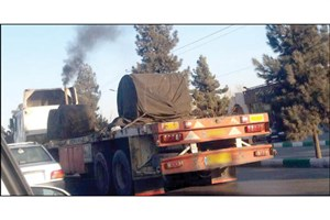 پای لنگ برخورد با کامیونهای دودزا در روزهای آلوده