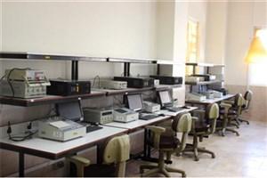 بودجهای برای برگزاری کلاسهای عملی وجود ندارد/ فعالیت پژوهشی در پایاننامه خلاصه شده