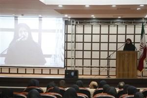 دانشگاه آزاد اسلامی به سوی فناورشدن و کارآفرینی پیش میرود