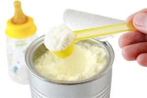 تائید سلامت شیرخشک هایی که فقط  از زنجیره رسمی توزیع  می شوند