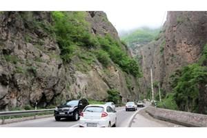ترافیک سنگین در جادههای شمالی /جاده چالوس و هراز از عصر امروز یک طرفه است