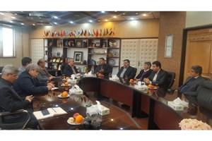 تفاهمنامه همکاری میان دانشگاه آزاد زنجان و اتاق بازرگانی امضا شد