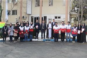 اعضای فعال کانون دانشجویی هلال احمر  واحد کرج تجلیل شدند