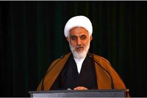 استاد درس معارف اسلامی، طبیب معنوی دانشجویان است