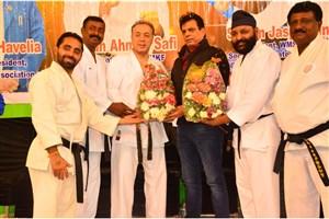 حضور سرمربی کاراته دانشگاه آزاد در سمینار بین المللی هند