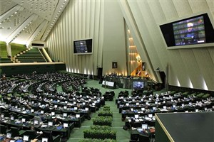 نمایندگان اصلاحطلب اعتماد عمومی را خدشهدار کردند