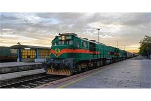 خروج یک بوژی لکوموتیو قطار تهران-زاهدان از خط/ قطار تا دقایقی دیگر حرکت میکند