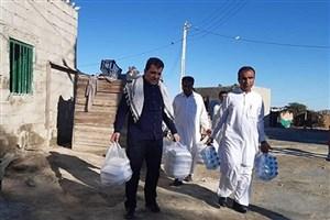 تیم پزشکی دانشگاه آزاد به مناطق سیل زده اعزام میشود/ ارسال آب معدنی به شهرستان دلگان