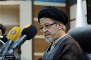 دبیر شورای عالی انقلاب فرهنگی از تلاش استادان و معلمان تقدیر کرد
