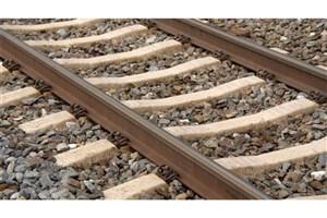 خروج یک واگن حامل بالاست از خط در راه آهن تهران