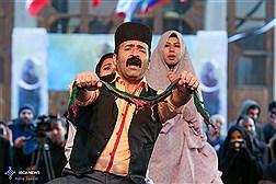 روز دوم تئاتر خیابانی فجر