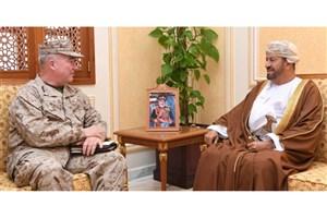دیدار فرمانده تروریستهای آمریکایی «سنتکام» با وزیر دفاع عمان