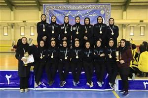 تیم هندبال دختران دانشگاه آزاد قزوین قهرمان شد