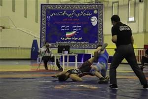 آغاز مسابقات  لیگ کشتی فرهیختگان در یزد