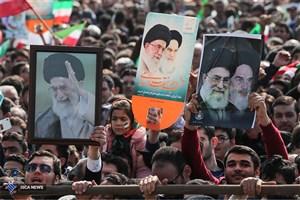 4 محور رهبری، اسلام، وحدت و مردم باعث پیروزی انقلاب شدند