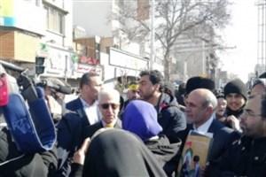 حضور غلامی همراه با مدیران و کارکنان وزارت علوم در راهپیمایی 22 بهمن