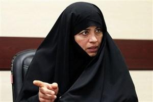 اسلام، زن را تمدنساز میداند/ متأسفانه هنر نفاق را به جوانان یاد دادهایم