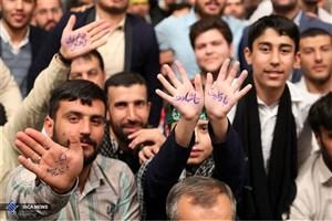 ملت ایران از احزاب جلوتر هستند