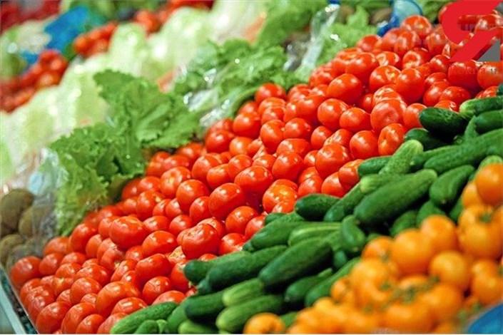 گوجه فرنگی گلخانهای در میادین میوه و تره