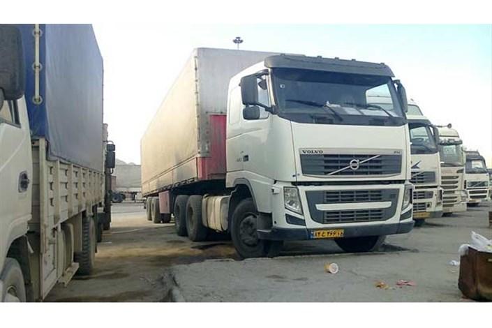 معطلی 1000  کامیون صادراتی در مرزمهران