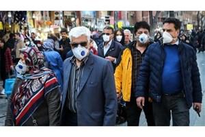پخش رایگان کیفهای حاوی ماسک، مایع ضدعفونی به مردم