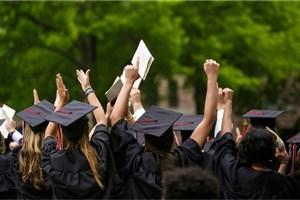 دانشجویان بدهکار، هزینههای سرسامآور تحصیل  و وامهای کلان همه در آرمانشهر آمریکا