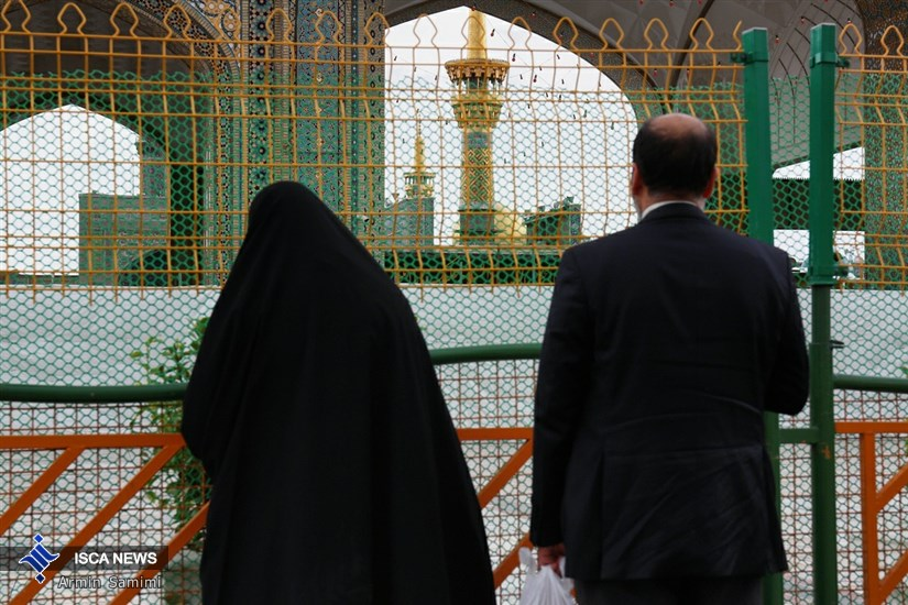 زیارت امام مهربانی از پشت درب های بسته