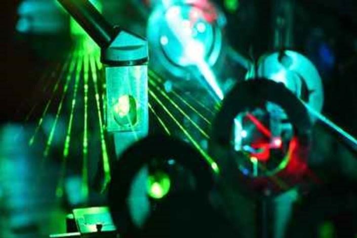 فناوریهای فوتونیک، لیزر
