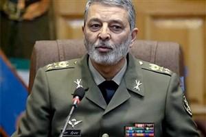 «سلام رضایت» رهبر انقلاب نگینی درخشنده بر ایام افتخار ارتشیان است