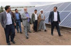 نیروگاه خورشیدی دانشگاه آزاد اسلامی انار از بهترین طرحهای پژوهشی استان کرمان است