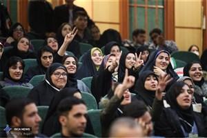 برتری دانشجویان فعال در کانونهای فرهنگی نسبت به سایر دانشجویان ثابت شده است