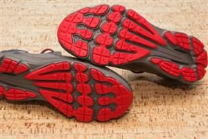 آیا ویروس کرونا میتواند روی لباس و کفش شما زندگی کند؟