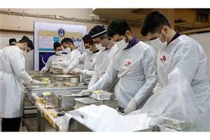 پخت  غذا برای نیازمندان در 940 آشپزخانه کشور