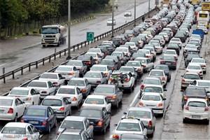 افزایش تردد خودروها در جادهها/تردد ۱۲۵ هزار خودرو در آزادراه کرج-تهران